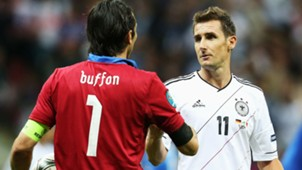 Miroslav Klose Gianluigi Buffon Deutschland Italien 06292012