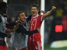 Robert Lewandowski Rafinha Borussia Dortmund FC Bayern Bundesliga 110417