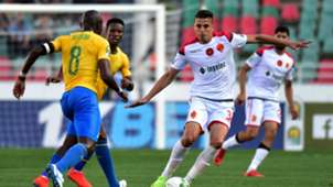 Wydad Casablanca v Mamelodi Sundowns, Achraf Dari and Hlompho Kekana, March 2019