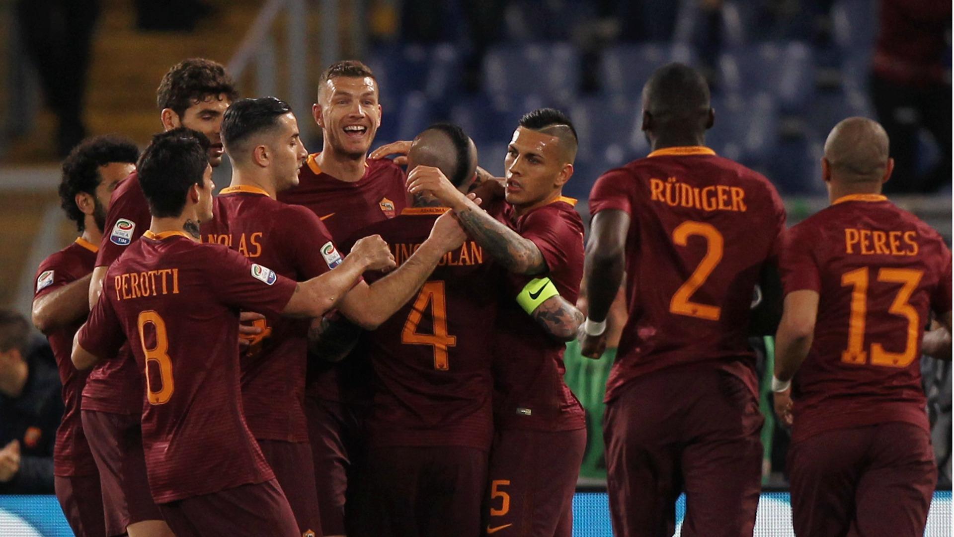 Roma celebrating Roma Empoli Serie A