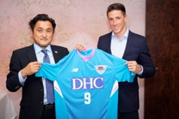 Fernando Torres unvieled as Sagan Tosu player
