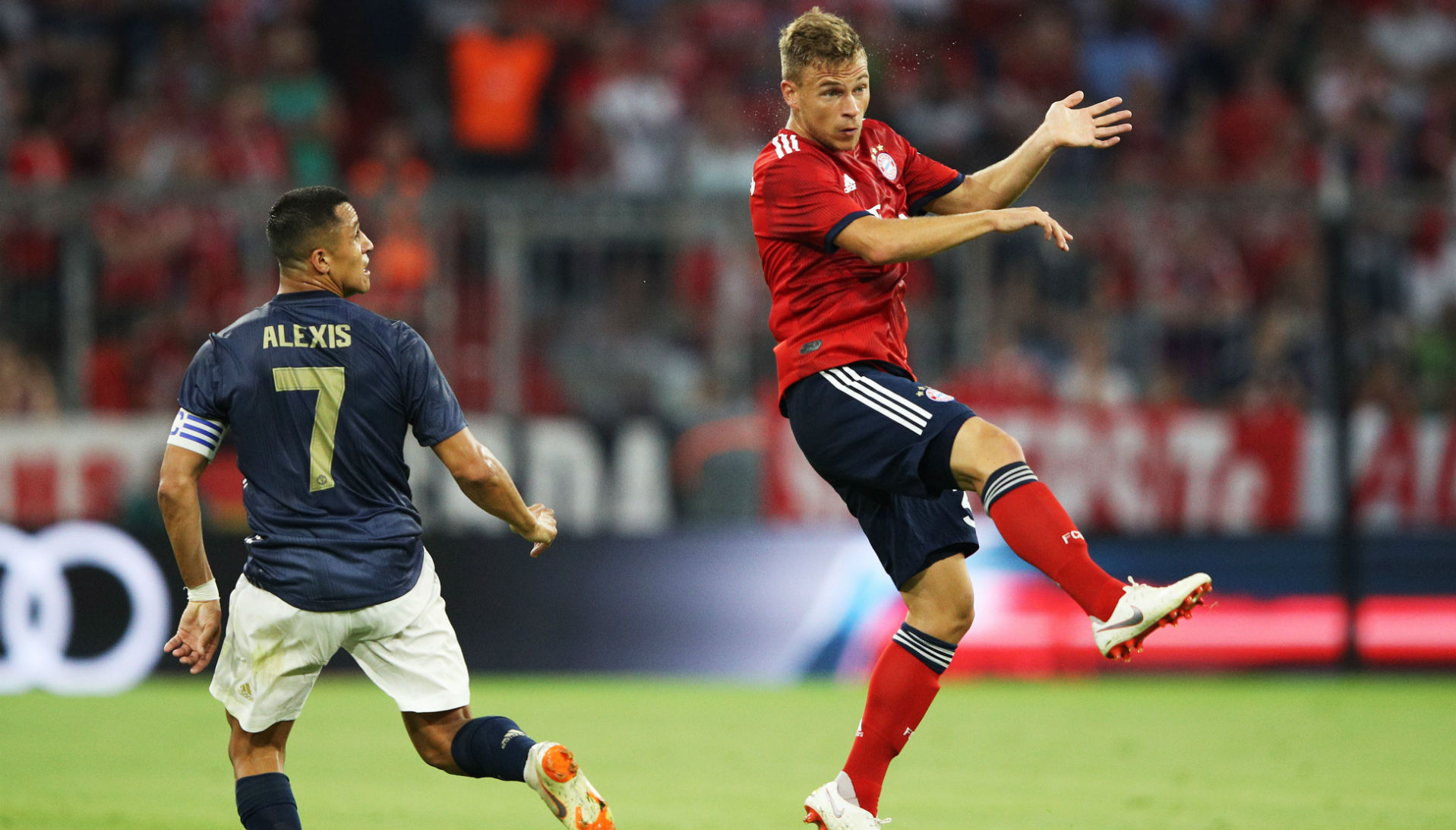 050818 Alexis Sánchez Joshua Kimmich Manchester United Bayern Münich