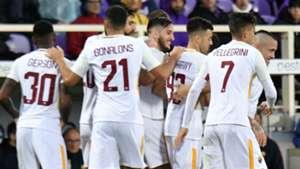 Roma celebrating against Fiorentina