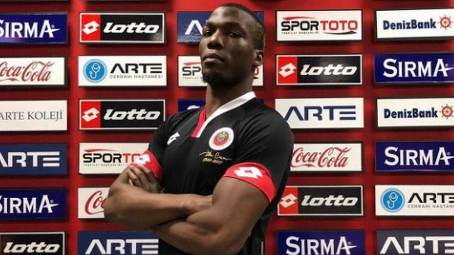 Follia in Turchia: Florentin Pogba aggredito dai suoi compagni di squadra