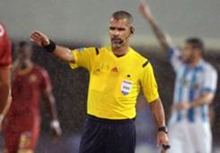 Arbitro Eber Aquino