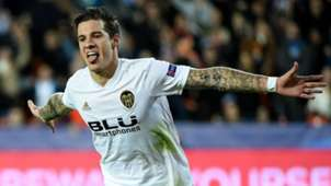 Santi Mina Valencia Young Boys Champions League 07112018