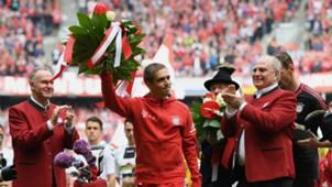 Haru Dan Meriah, Perpisahan Philipp Lahm & Xabi Alonso Plus Pesta Juara Bayern Munich