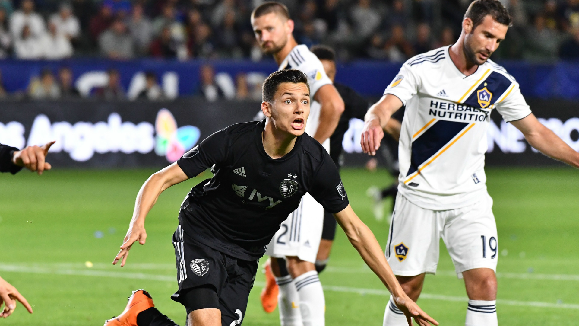 Daniel Salloi MLS Sporting KC LA Galaxy 04082018