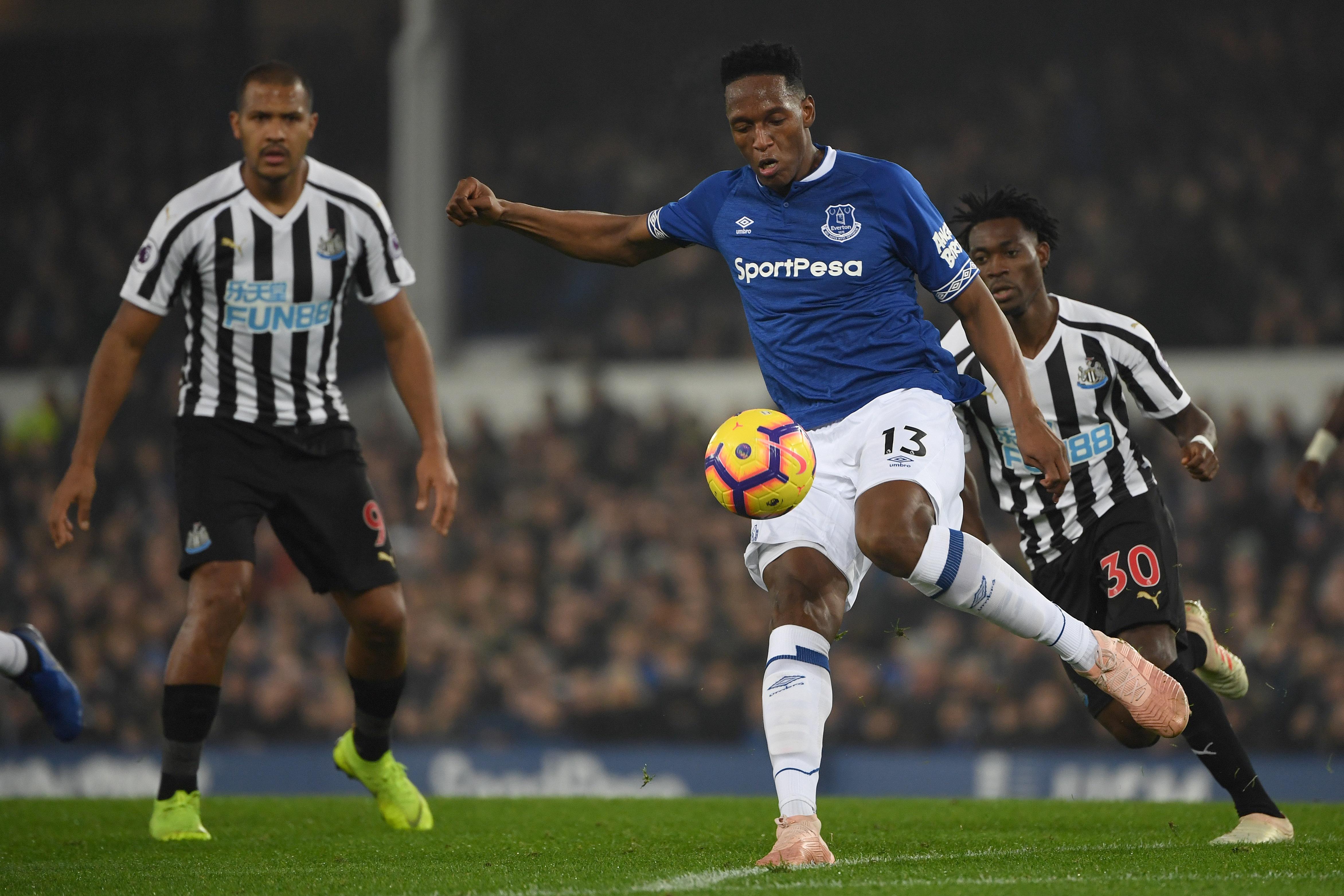 Yerry Mina Everton - Newcastle 05122018