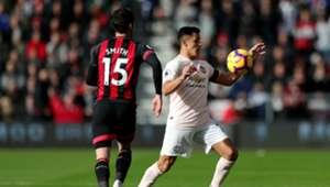 031118 Alexis Sánchez Adam Smith Manchester United Bournemouth