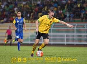 Ken Ilsø Larsen playing in a pre-season friendly for Kedah 4/1/2017