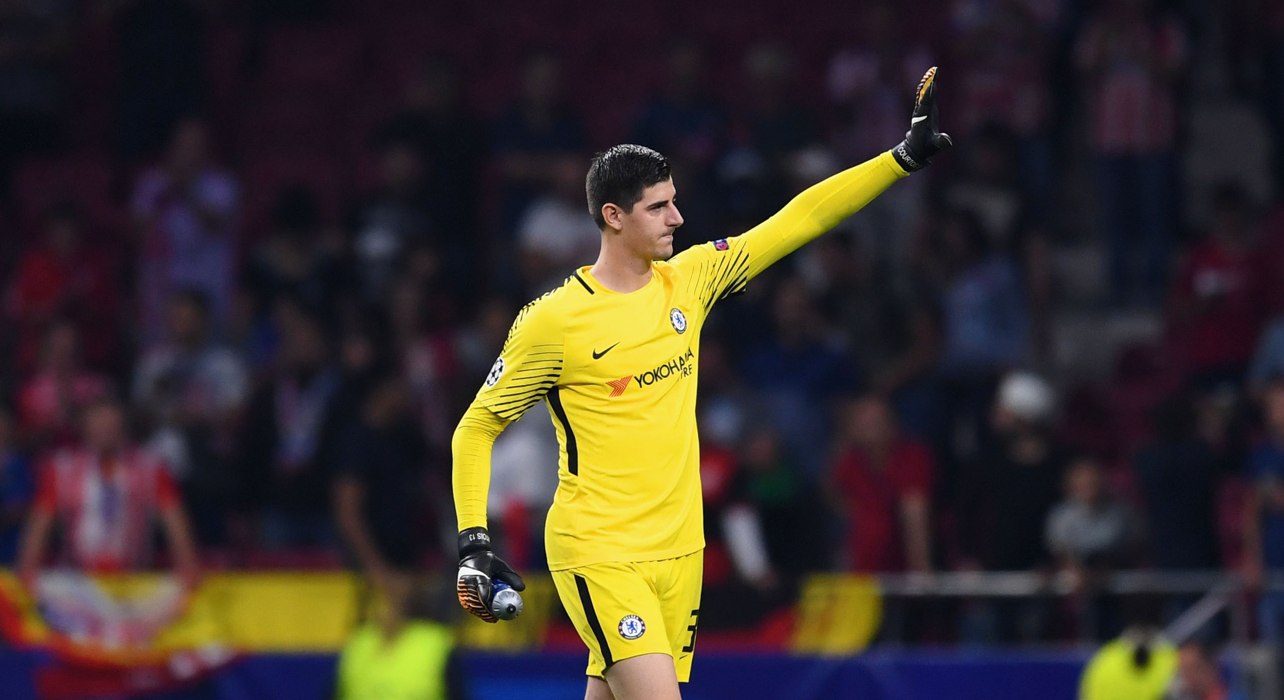 Courtois continua sem renovar à espera do Real Madrid