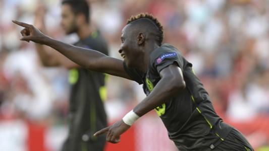 Moussa Djenepo - Standard Liege v Sevilla