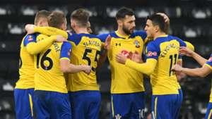 Southampton celebrate 2018-19
