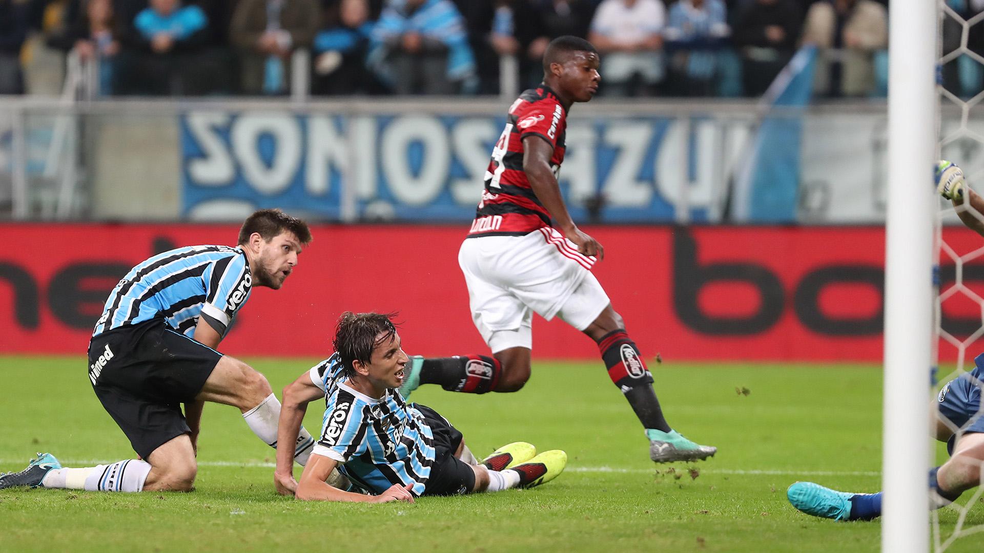 Lincoln Geromel Kannemann Gremio Flamengo Copa do Brasil 01082018