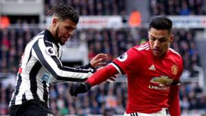 DeAndre Yedlin Alexis Sanchez Newcastle Manchester United