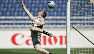 Wayne Rooney as goalkeeper