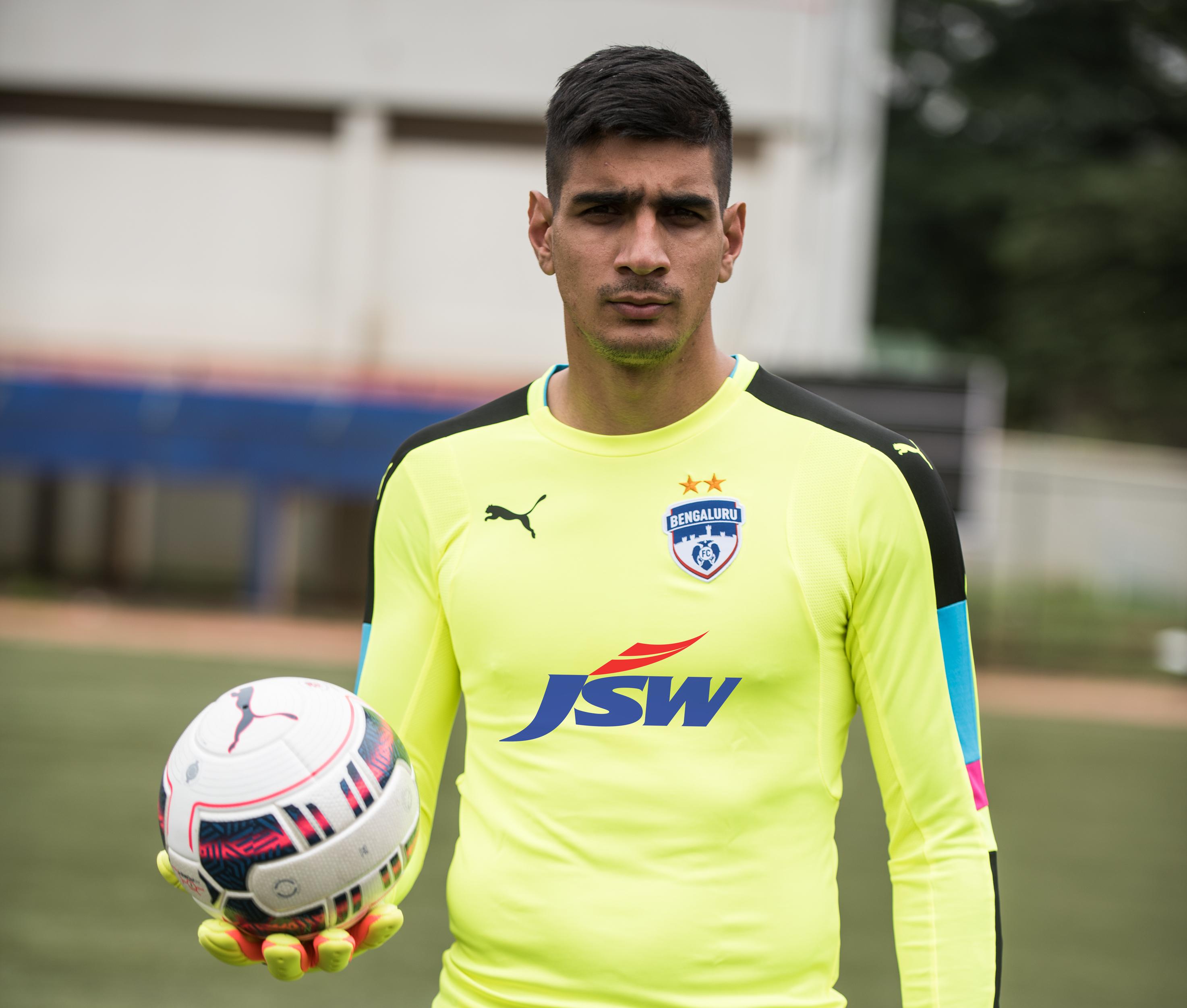 ISL 2017: Bengaluru FC's Gurpreet Sandhu gets straight red