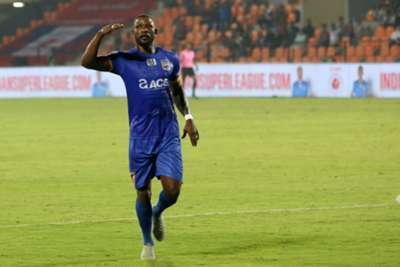 Arnold Issoko Mumbai City ISL 2018-19