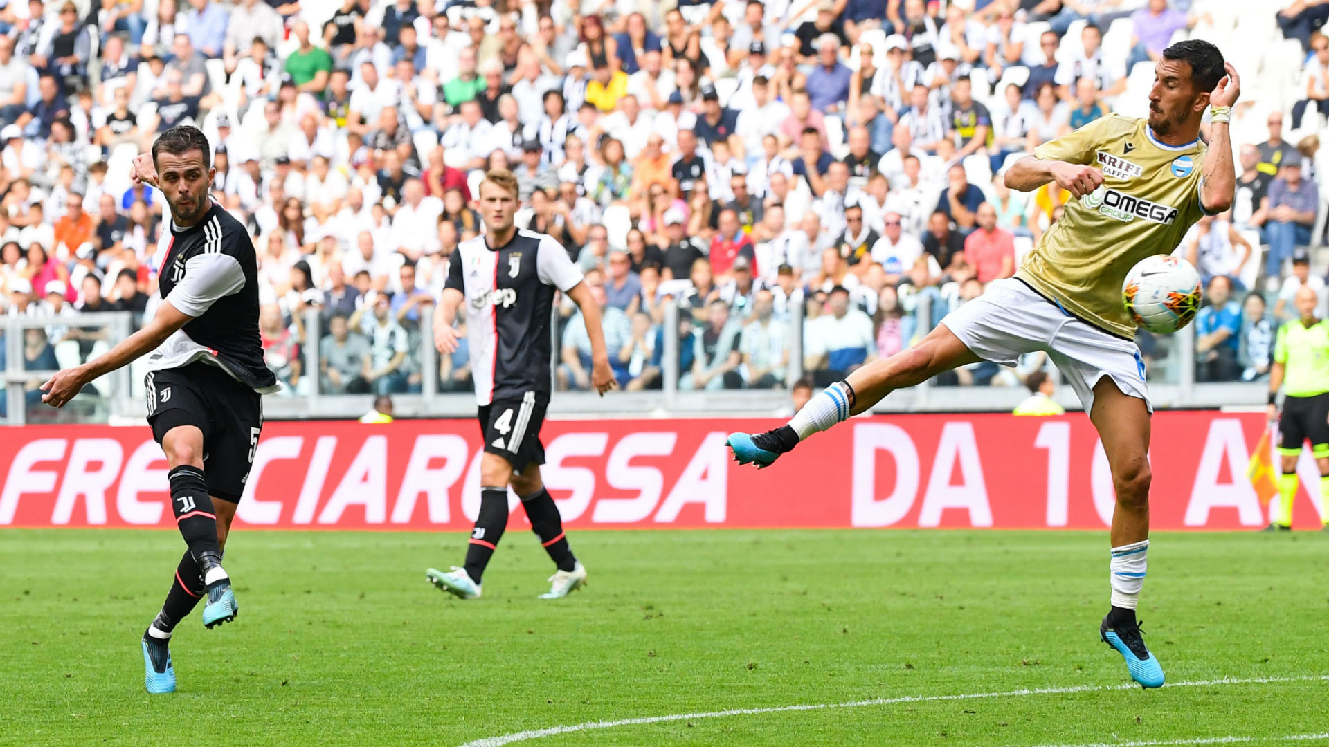 Juventus Spal Pjanic Serie A 2019/2020