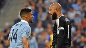Dom Dwyer Tim Howard Sporting Kansas City Colorado Rapids