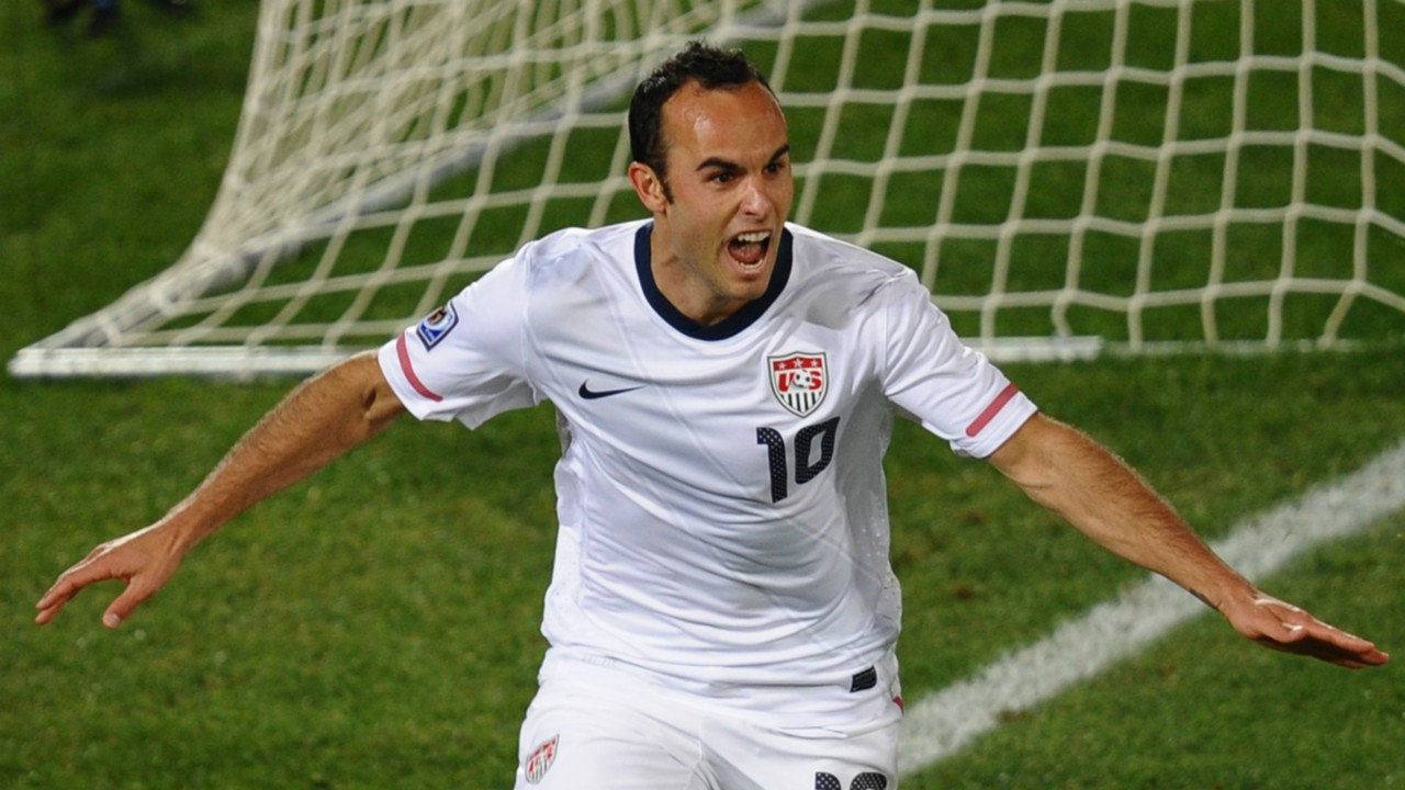 Landon Donovan >> Landon Donovan To Leon Twitter Reacts To The Former U S