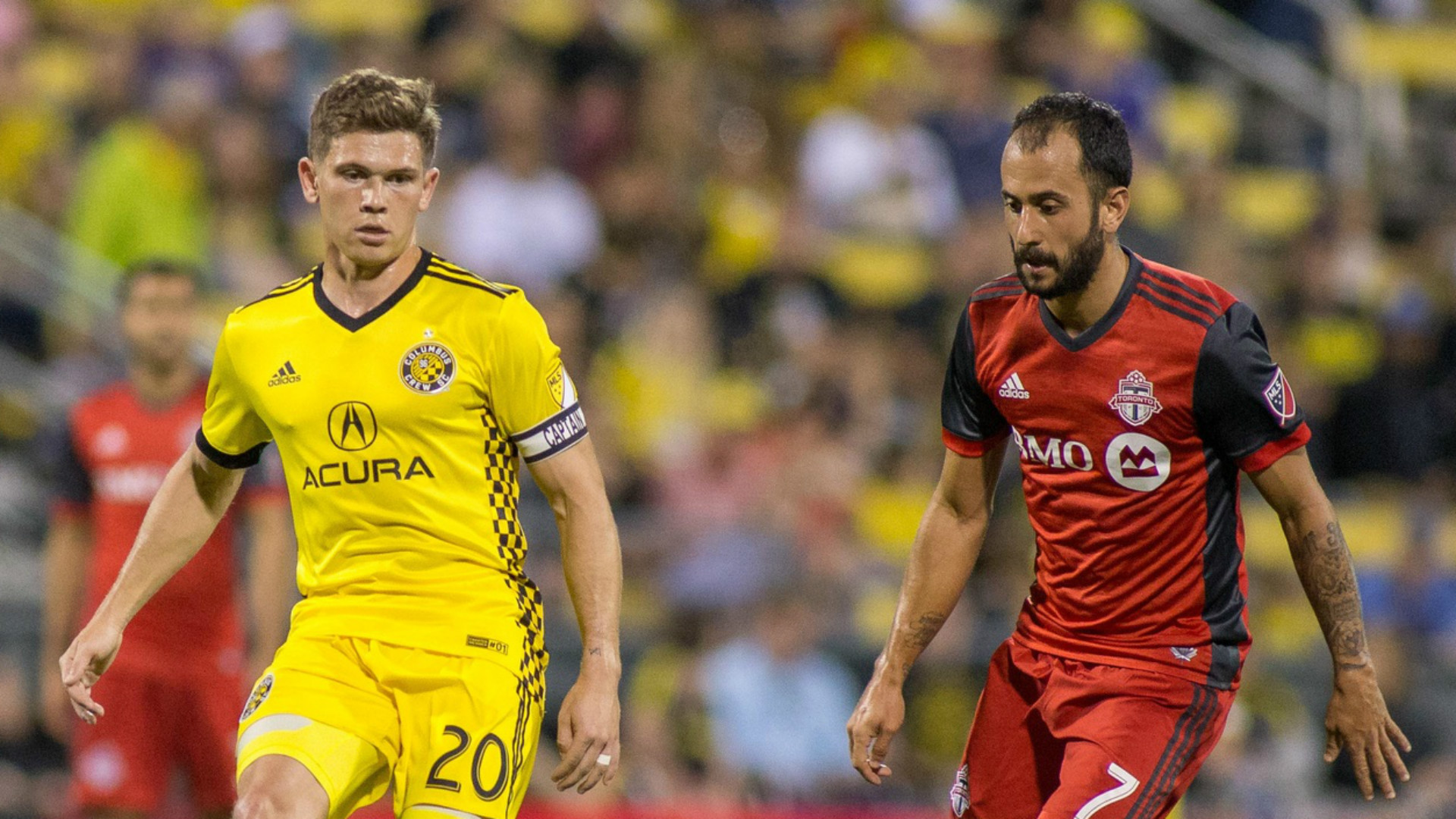 Wil Trapp Victor Vazquez MLS 04152017