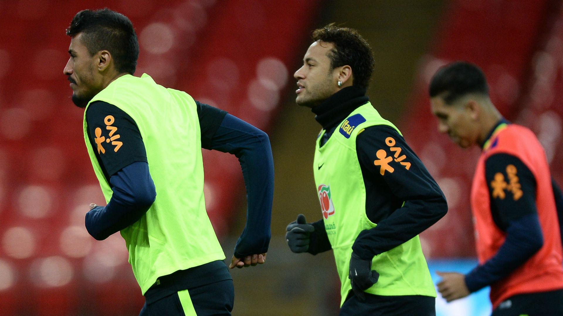 Paulinho Neymar treino Seleção Brasil Wembley 13 11 2017