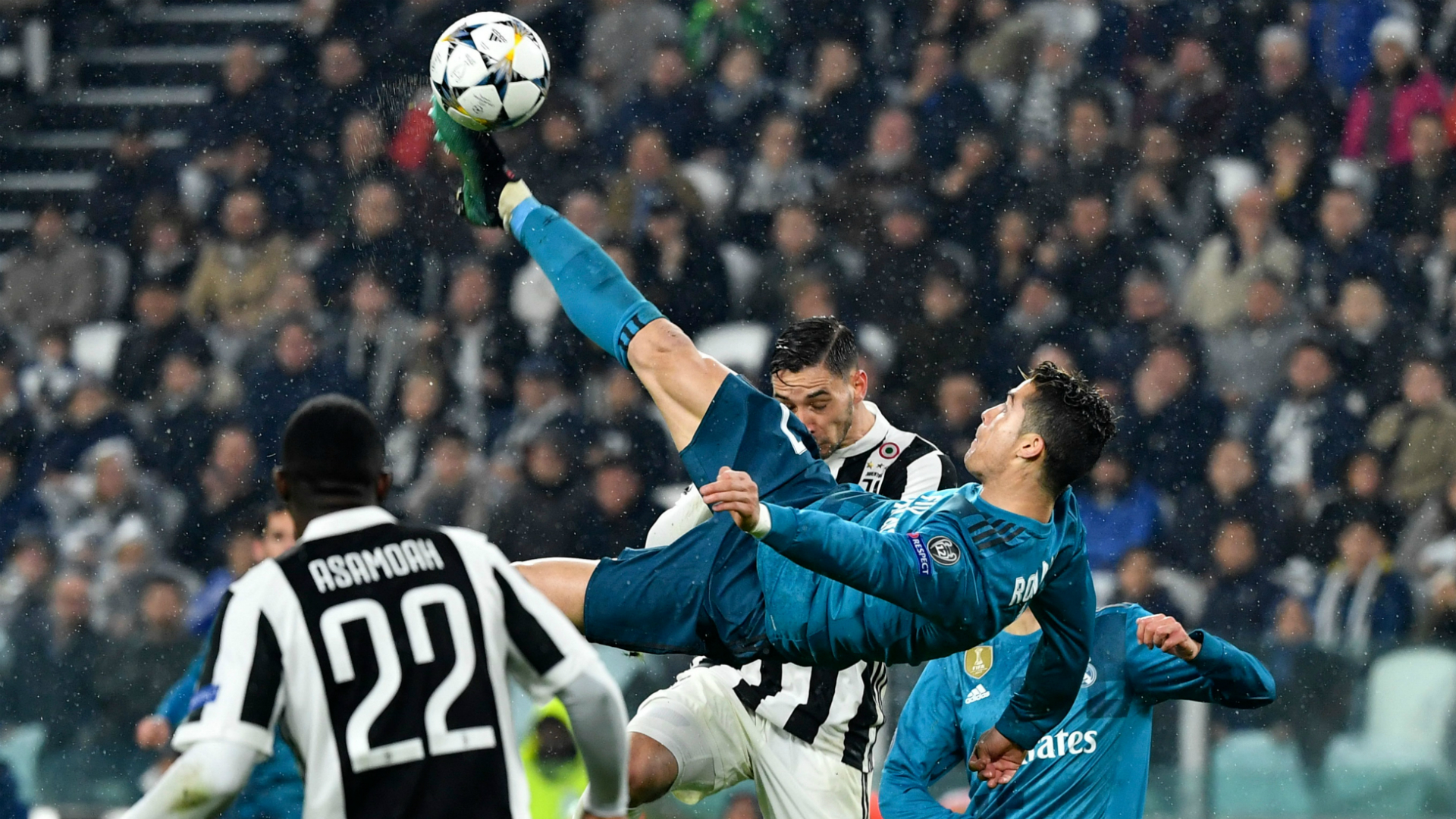 Cristiano Ronaldo Unveiling Juventus Decided To Sign Real Madrid Star After His Bicycle Kick Stunner Goal Com