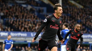 Mesut Ozil Arsenal Everton Premier League
