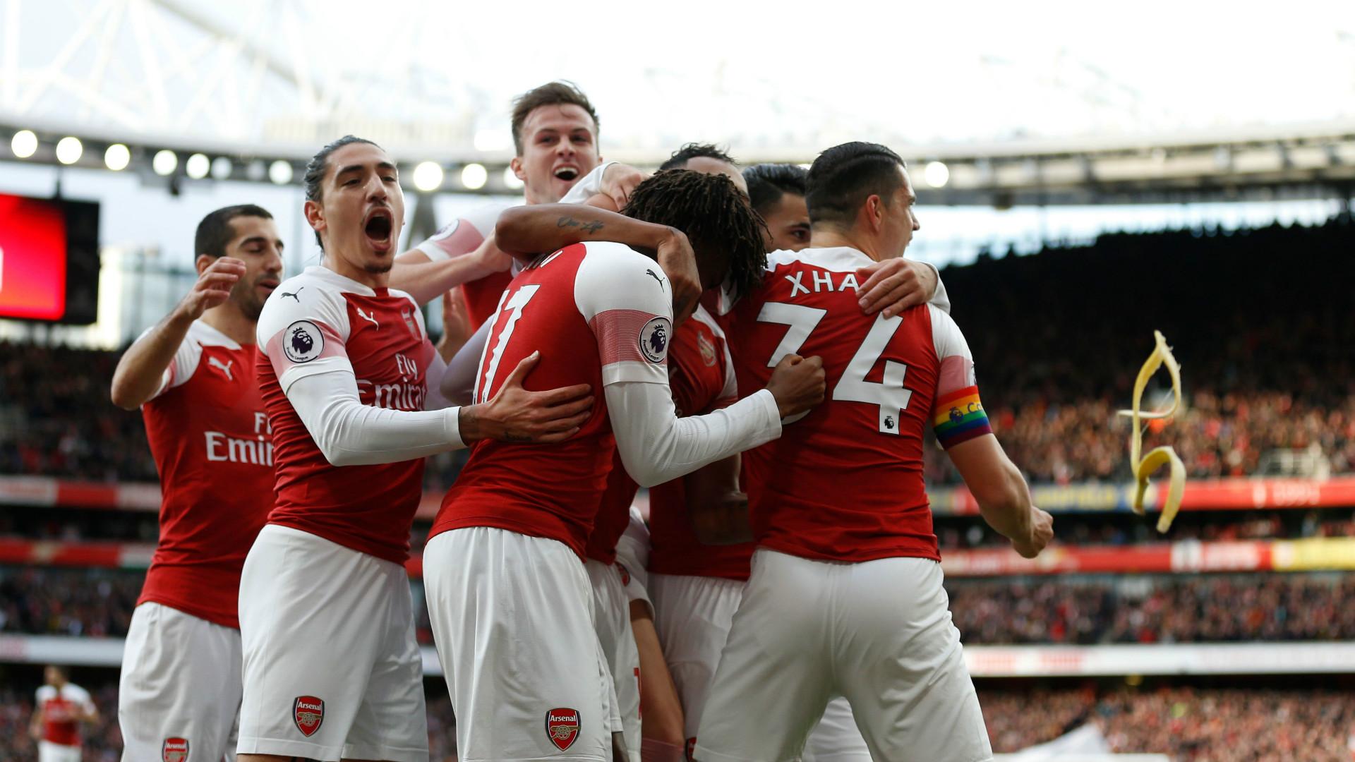 Spurs v Arsenal banana
