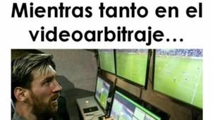 Meme VAR Messi