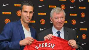 'My wife, Arsenal, got a bit tired of me' - Van Persie claims Gunners did not offer a contract ahead of Man Utd switch