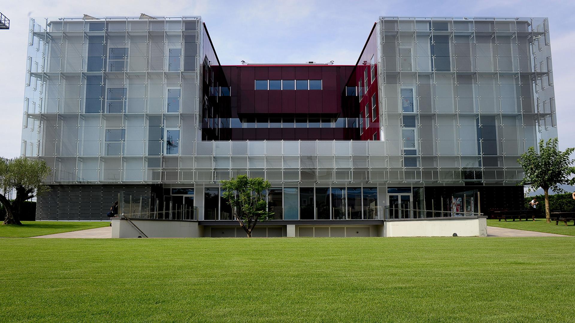 المنظر العام لأكاديمية لا ماسيا