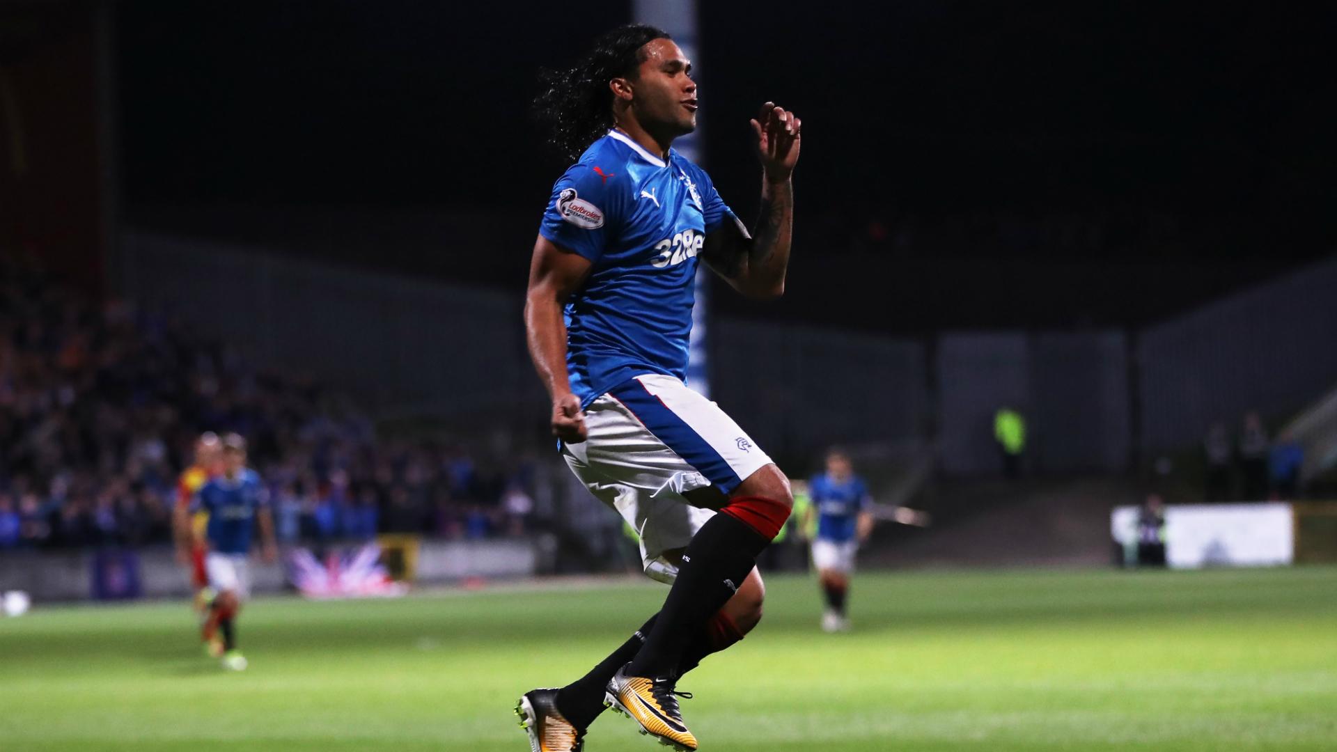 'Gullit' Peña ganará 74 mil pesos diarios con Cruz Azul