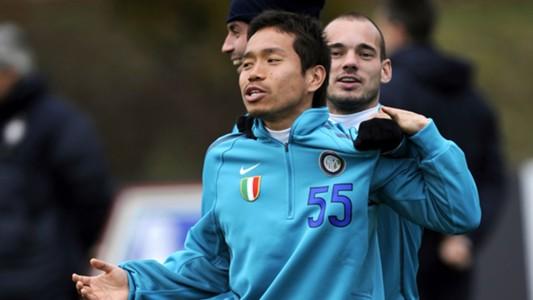 2018-02-02 2012 Nagatomo Sneijder