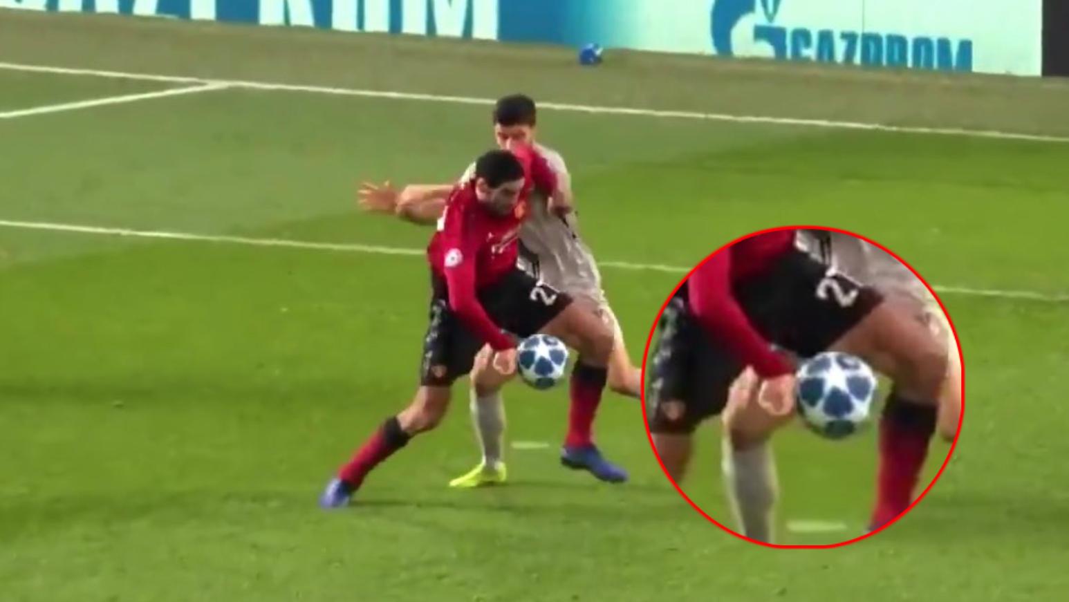 Fellaini mano Manchester United