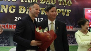 Ryan Giggs Paul Scholes press conference Vietnam PVF