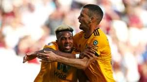 Adama Traore, Leo Bonatini - West Ham vs. Wolverhampton Wanderers