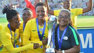 Refiloe Jane and Desiree Ellis, coach of South Africa