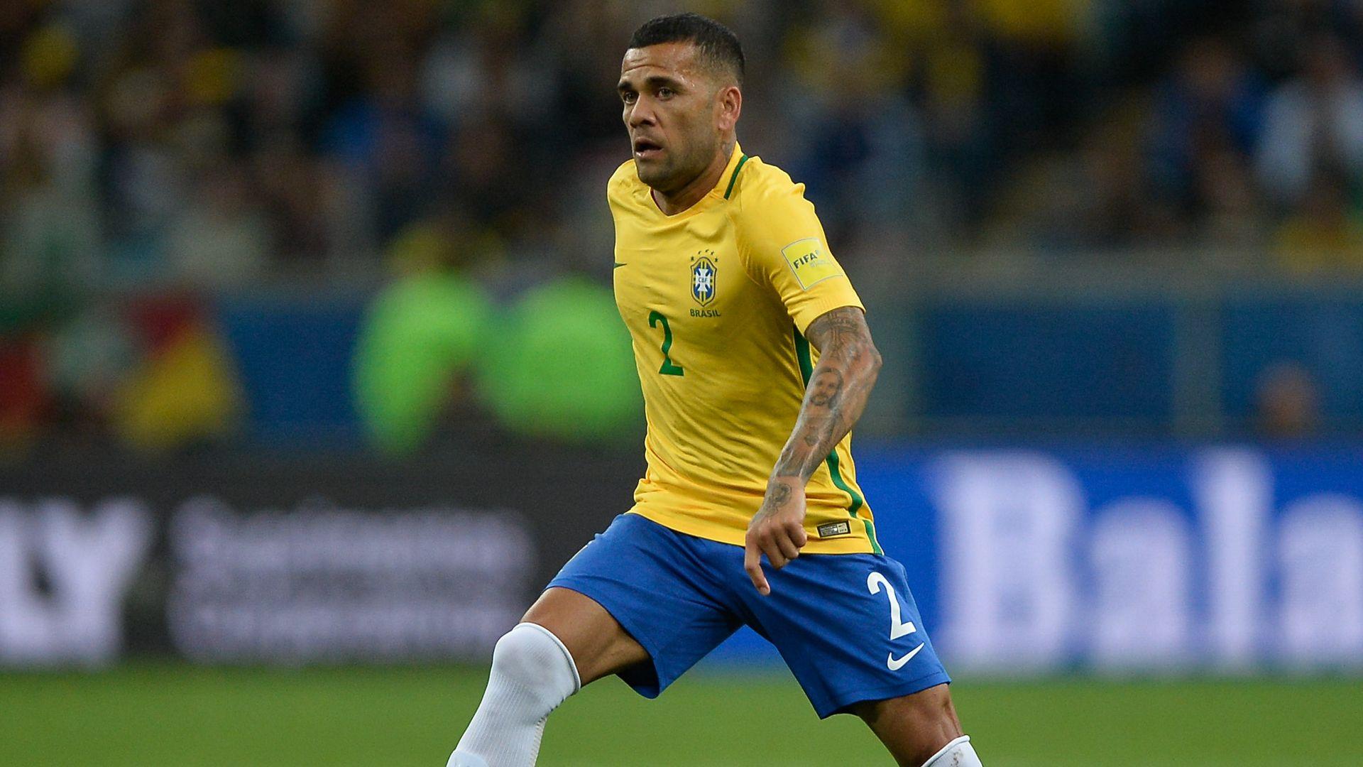 Dani Alves Brazil Ecuador Eliminatorias 2018 31082017