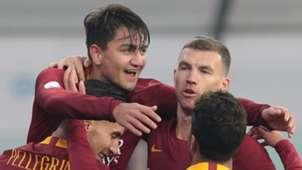 Cengiz Under celebrates with Roma