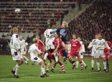 Oliver Kahn - Bayern München v Manchester United
