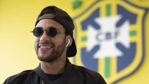 Neymar chegada Brasil Granja Comary 25052019