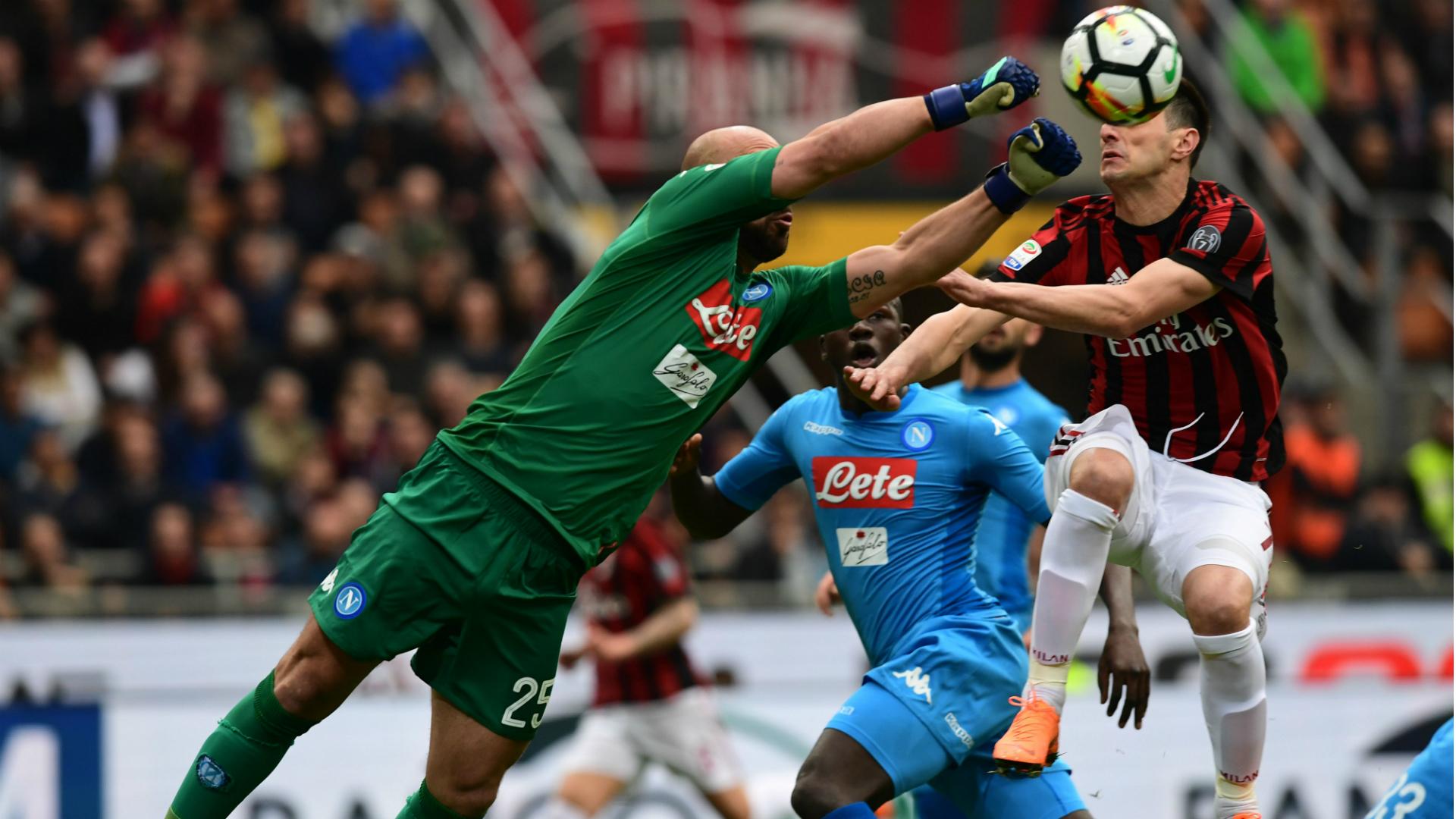 Pepe Reina Milan Napoli Serie A