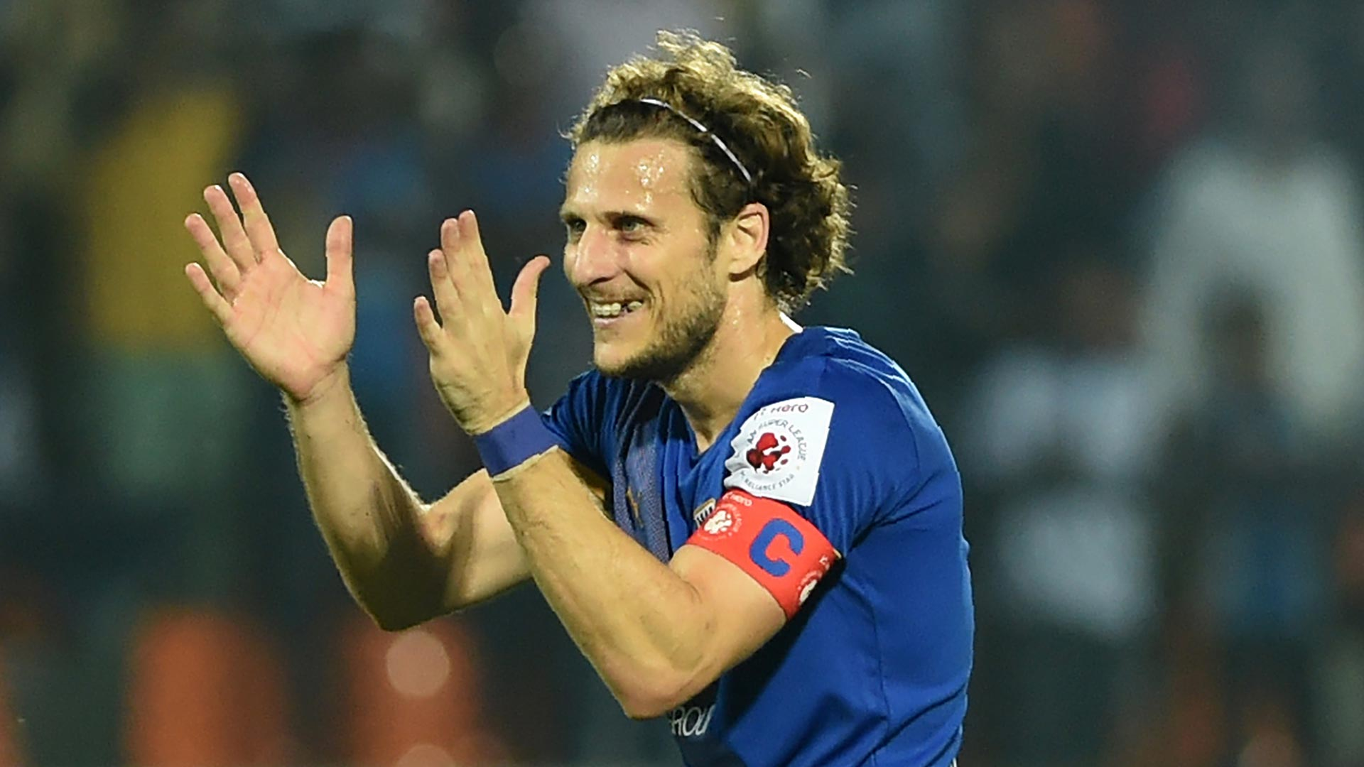 2018-02-11-kitchee-Diego_Forlan