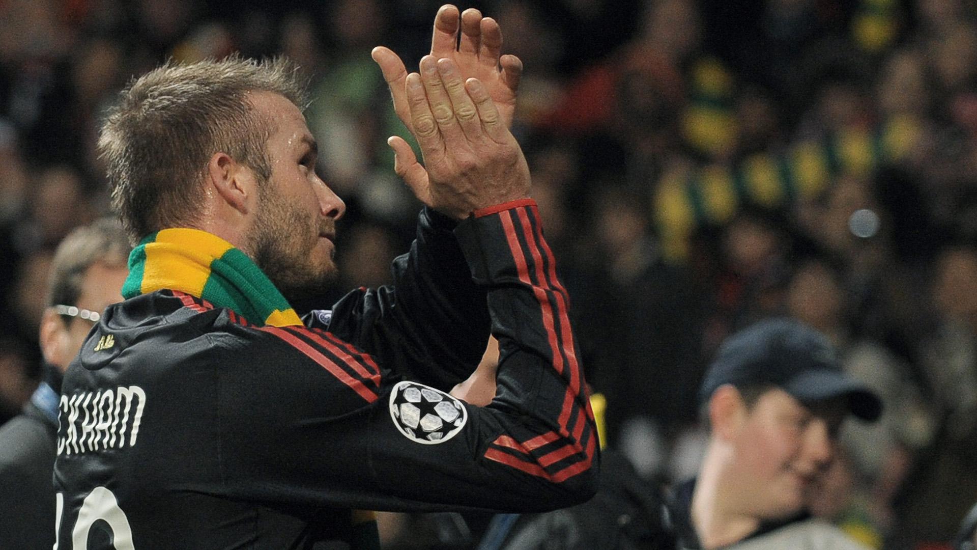David Beckham AC Milan Manchester United 2010 Glazer scarf