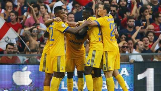 Juventus celebrating Genoa Juventus Serie A 08262017