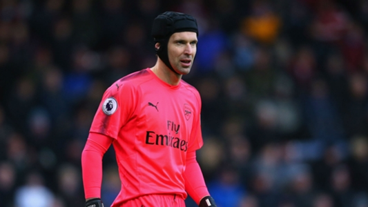 Cech to join Premier League 40 club? Wenger sees years left in Arsenal keeper