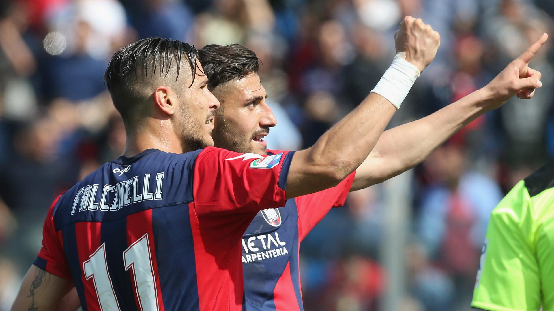 Diego Falcinelli Marcello Trotta Crotone Serie A 2017/04/09